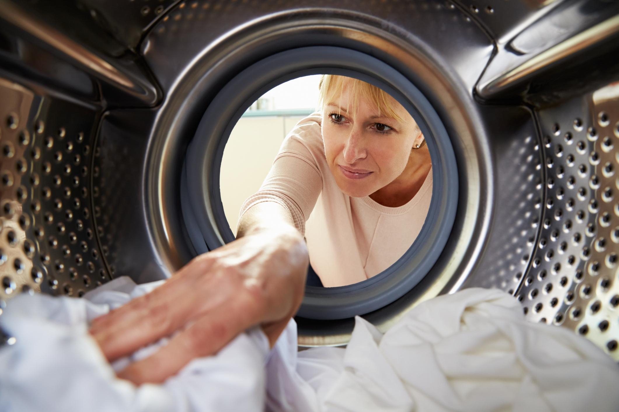 Turbo Der Wäschetrockner stinkt? Das können Sie tun | UPDATED ZG21