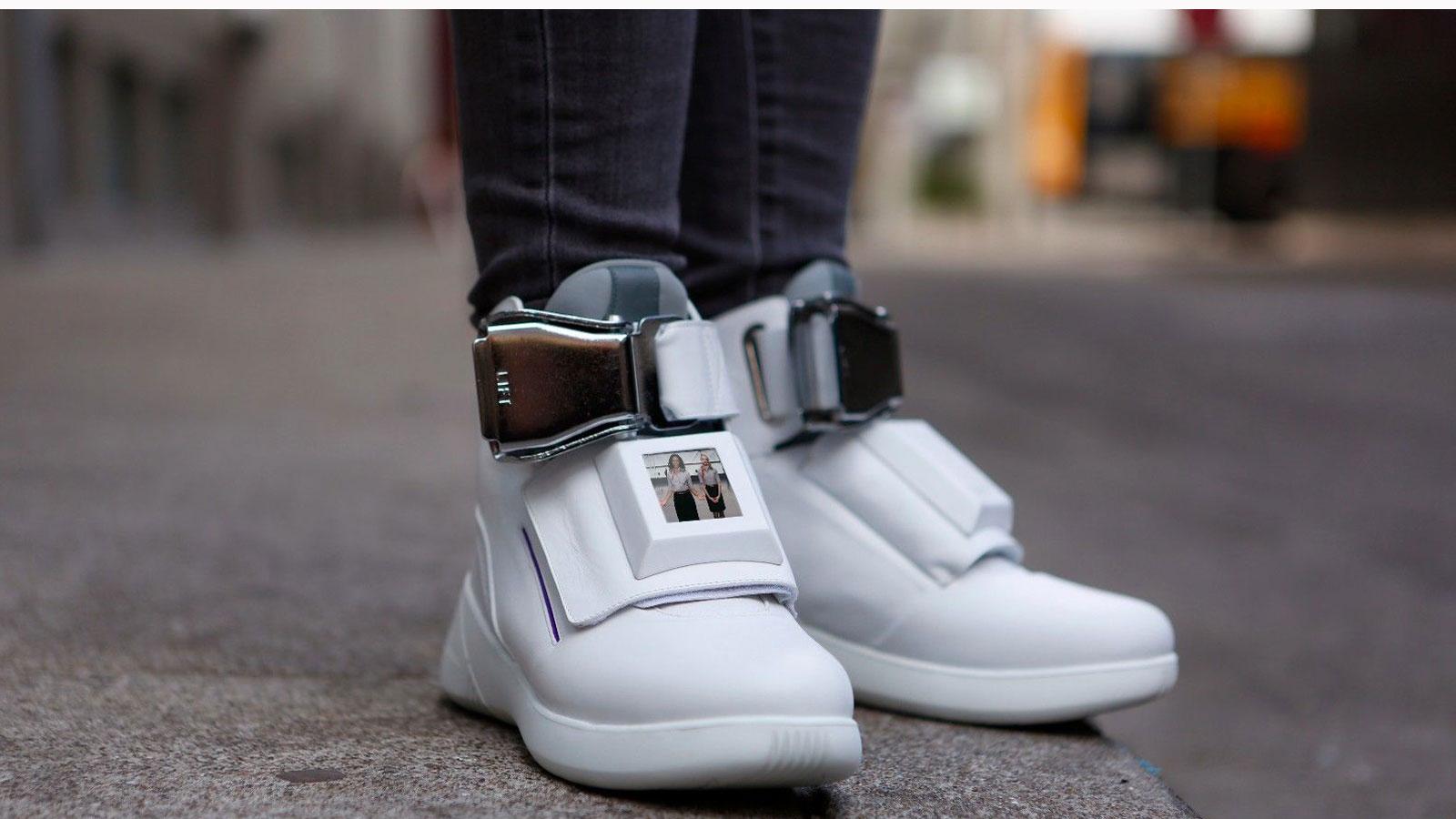 Die First Class Shoes von Virgin America.