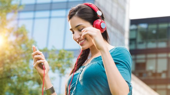 Mitsingen bei Apple Music: Bei iOS 10 zeigt das iPhone den Text an.