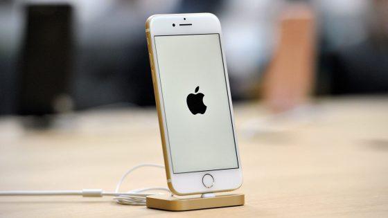 Das iPhone 7 hat noch kein OLED-Display, das iPhone 8 könnte eines bekommen.