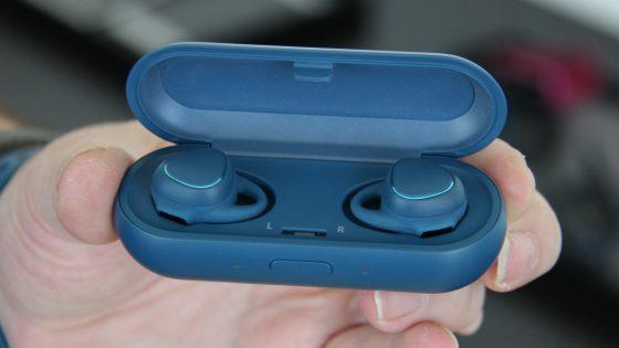 Kabellose Kopfhörer Gear IconX von Samsung.