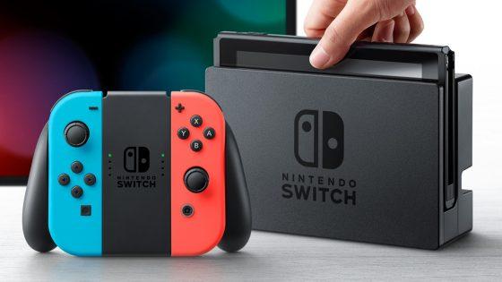 Nintendo Switch Mobilgerät und Box
