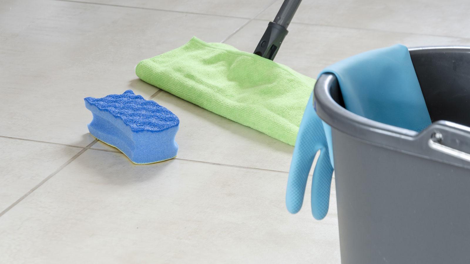 Fliesenfugen reinigen: Schönheitskur für Bad und Küche | UPDATED