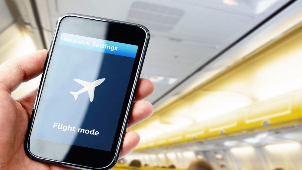 Wenn Sie Ihr Handy in den Flugmodus stellen, lädt es schneller auf.
