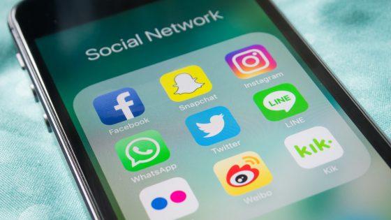 Social Media Apps auf einem Smartphone