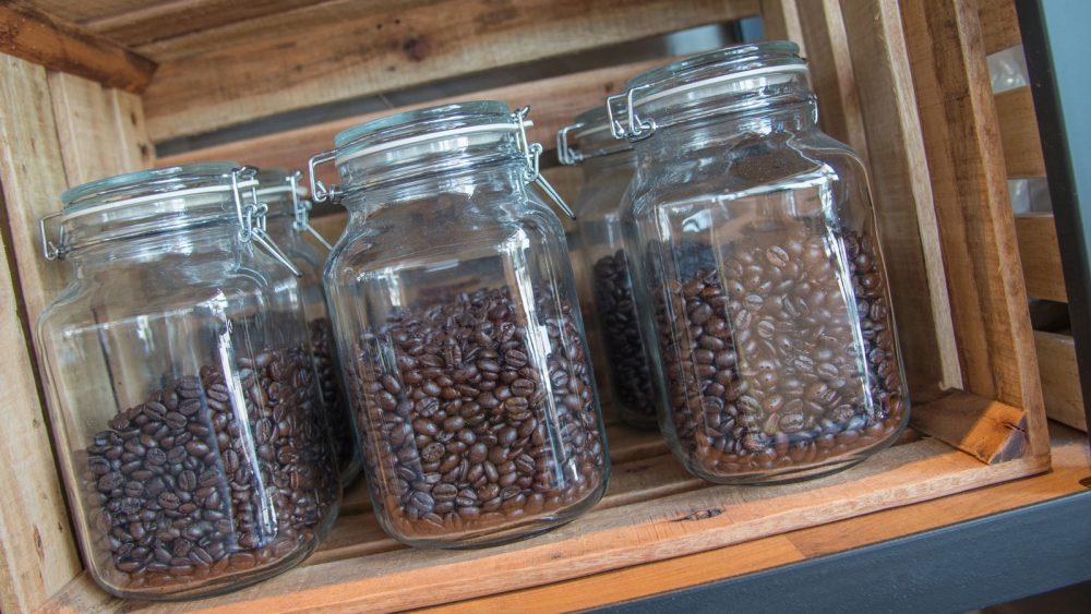 Kaffeepulver richtig aufbewahren Kaffeedose