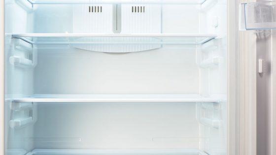 Kühlschrank stinkt – das hilft gegen schlechte Gerüche   UPDATED
