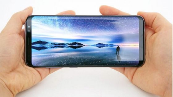 Das Display des Samsung Galaxy S8 Plus
