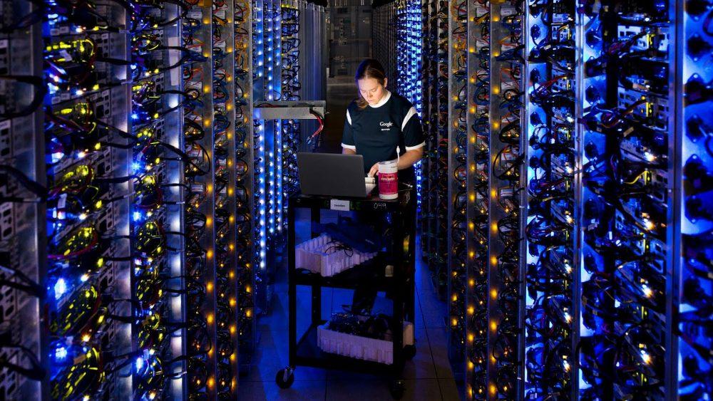 Google Home speichert private Daten in seinen Rechenzentren.