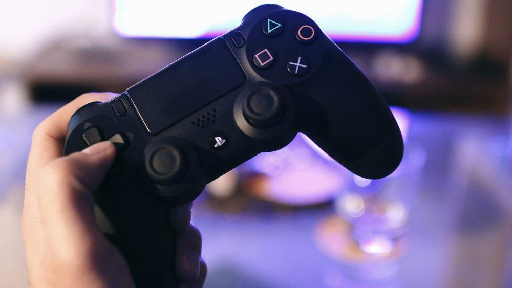 Spielekonsole mit dem Smart-TV nutzen