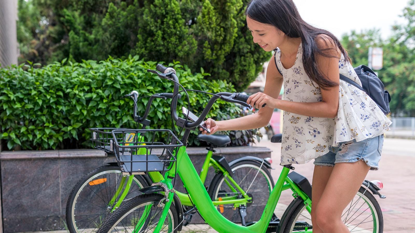 Umwelt-Apps gibt es mit verschiedenen Schwerpunkten, um nachhaltiger zu handeln