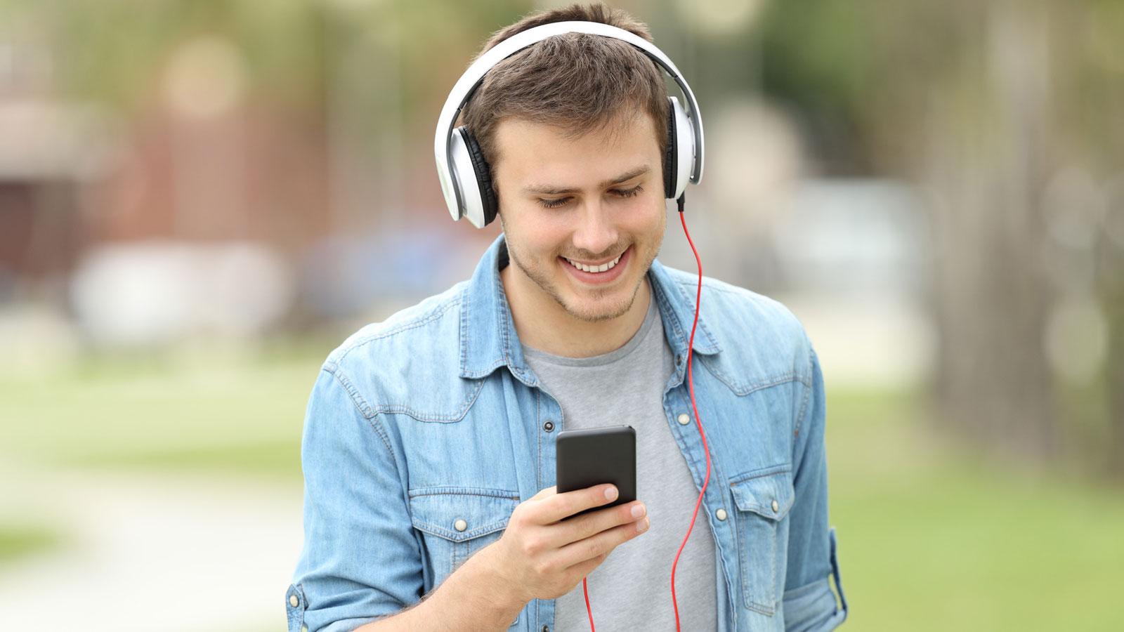 Google Play Musik können Sie wie Spotify nutzen oder Ihre Musiksammlung online verfügbar machen.