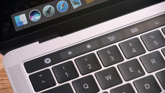 MacBook Pro mit TouchBar
