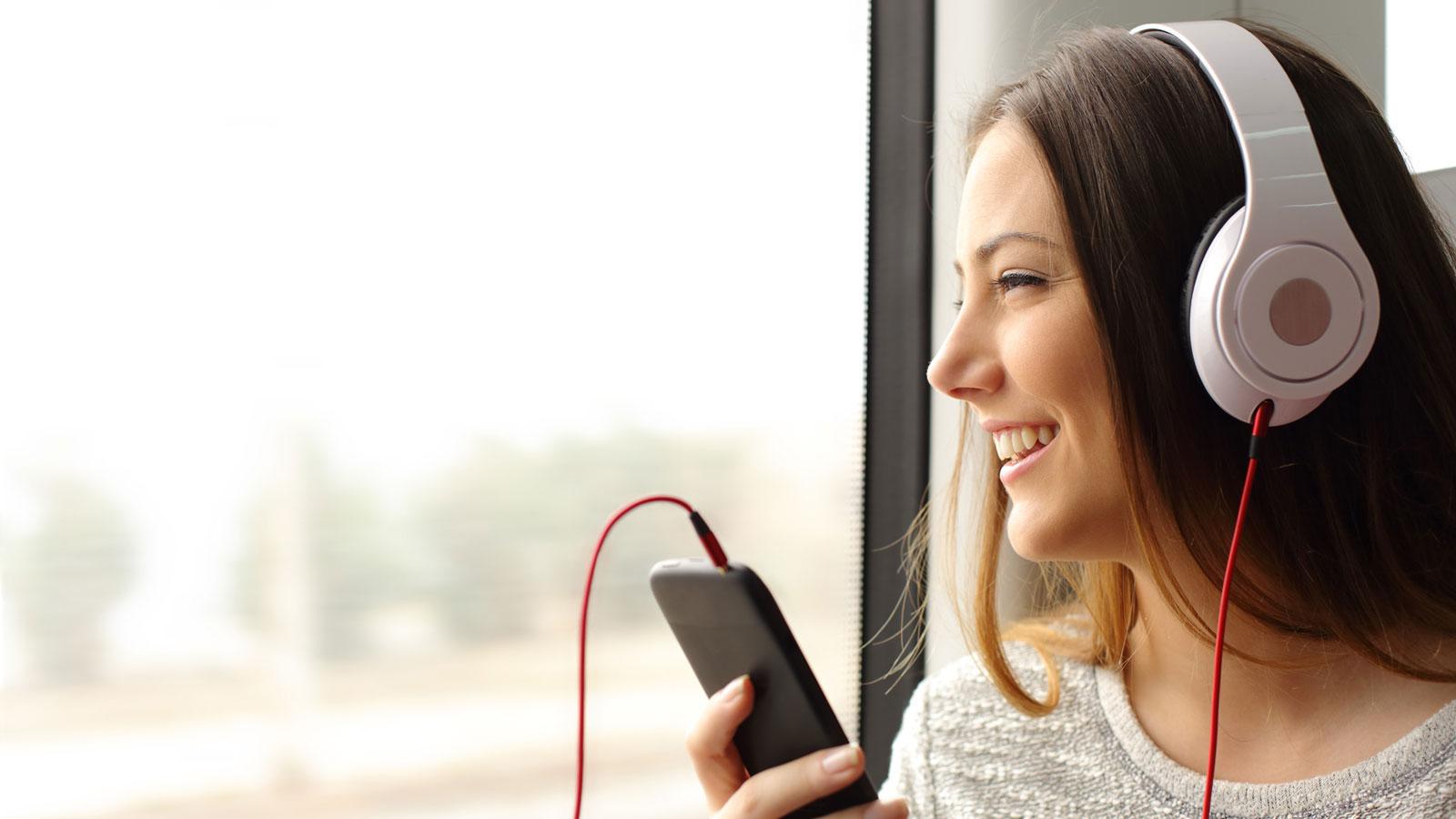 Mit der Spotify-App für iOS und Android haben Sie Zugriff auf Millionen Songs
