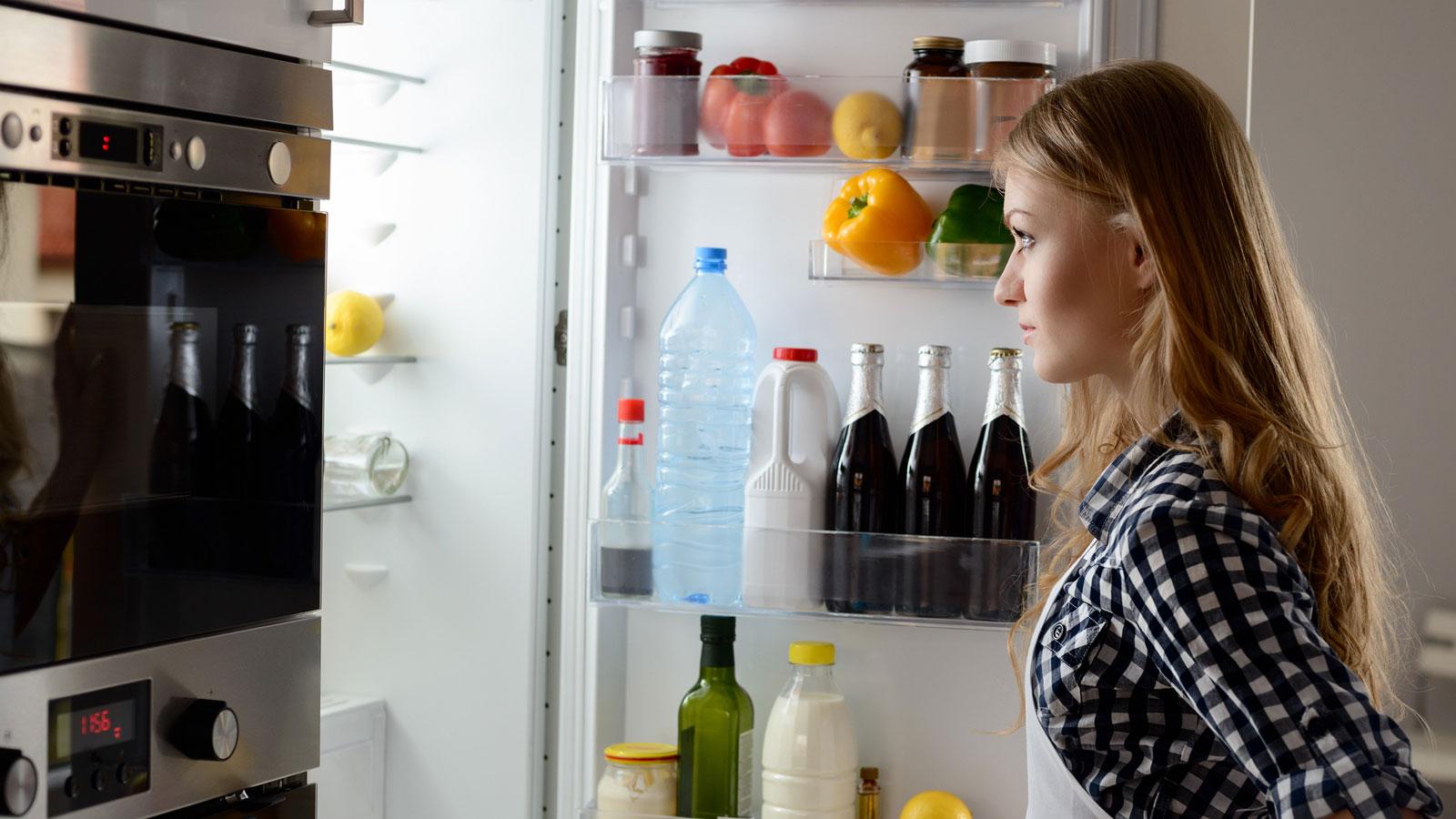 Kühlschrank brummt: Diese Methoden helfen | UPDATED