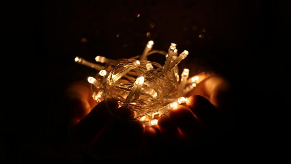 Lichterkette vom Weihnachtsbaum