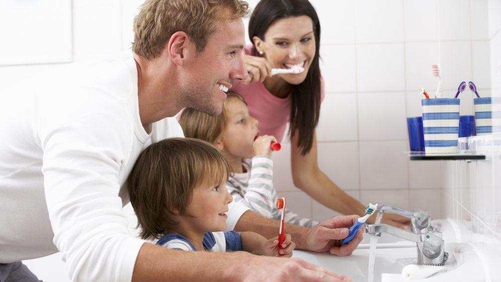 Zahnputz-Apps helfen Kindern und Erwachsenen beim Zähneputzen