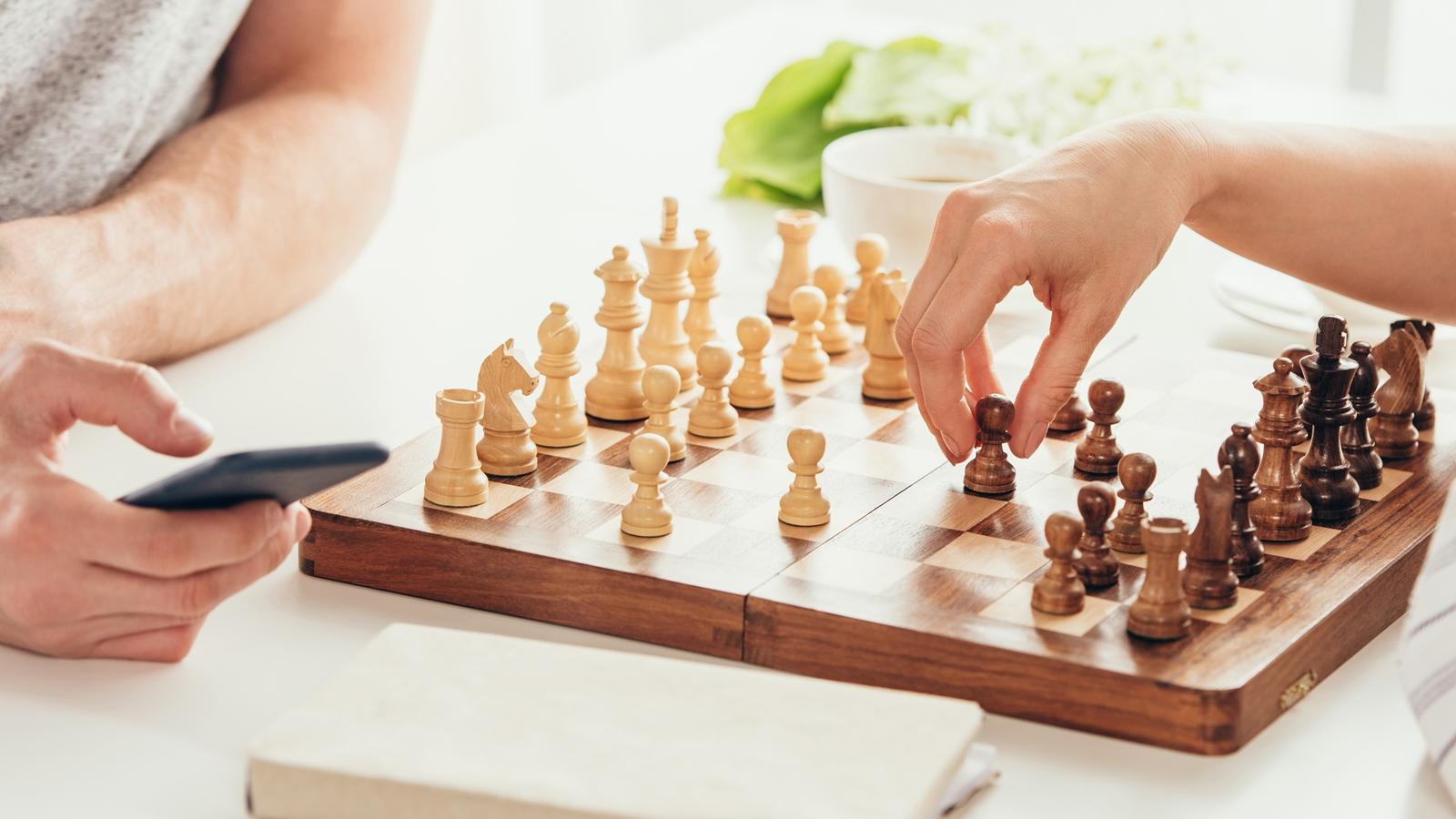 Schach Schpilen