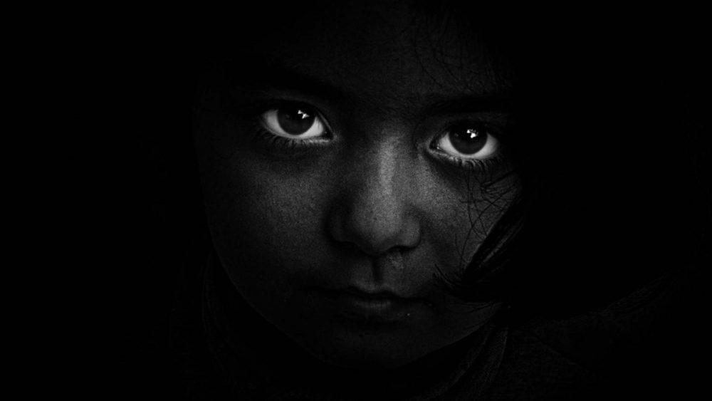 Abstrakte Fotografie: Porträt mit wenig Licht