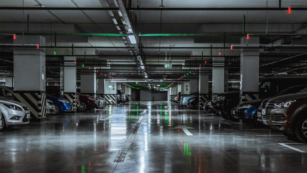 Industriefotografie in einer Tiefgarage