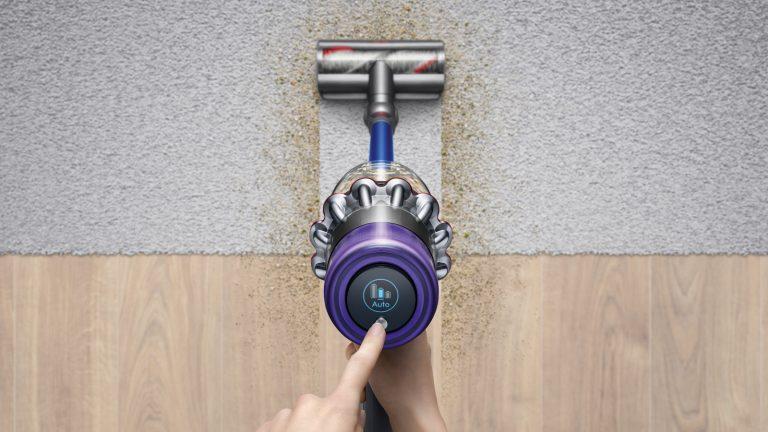 Dyson Staubsauger reinigen: So kriegst du Filter, Bürste und Co. sauber