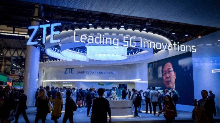 "ZTE-Messestand mit Slogan ""Leading 5G Innovations"""