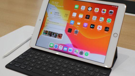 iPad 2019 mit Apple Pencil und iPad OS