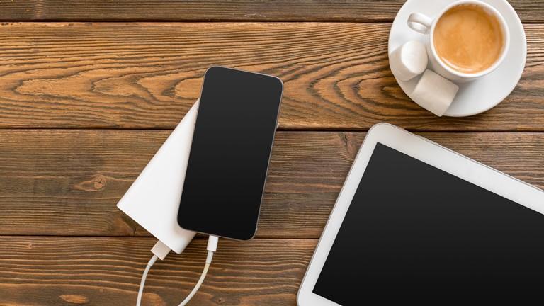 Externe Stromquelle: Powerbanks für Smartphones, Laptops und mehr