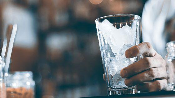 Eiswürfelmaschine reinigen- Anleitung und Tipps-3