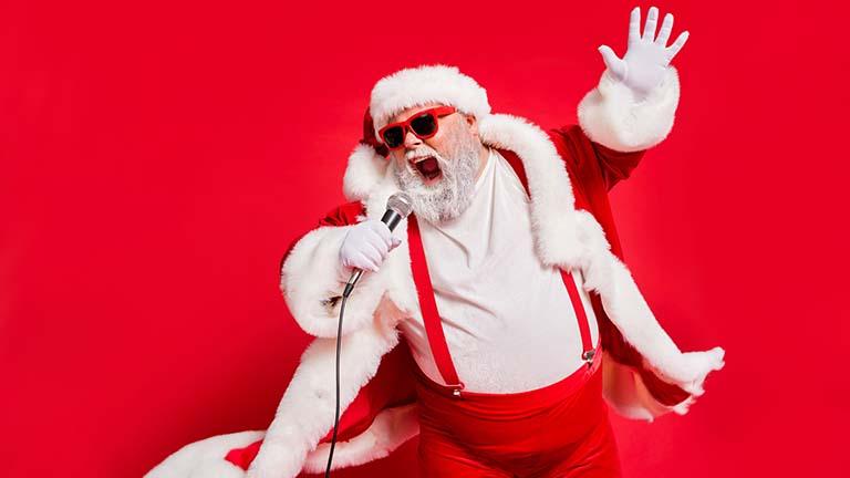 Weihnachtslieder über den Smart-Speaker hören
