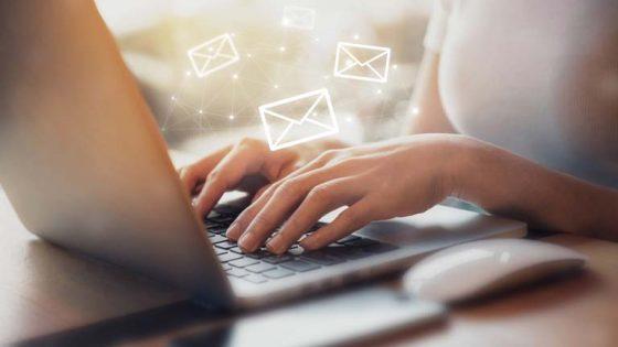 Outlook-Kontakte synchronisieren auf Android und iOS