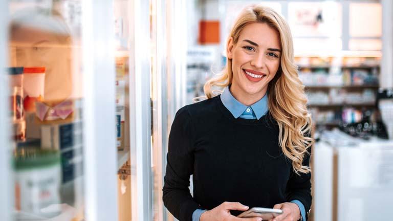 Smarter Kühlschrank: Temperatur steuern, Kühlschrankinhalt überprüfen und mehr per Smartphone und App