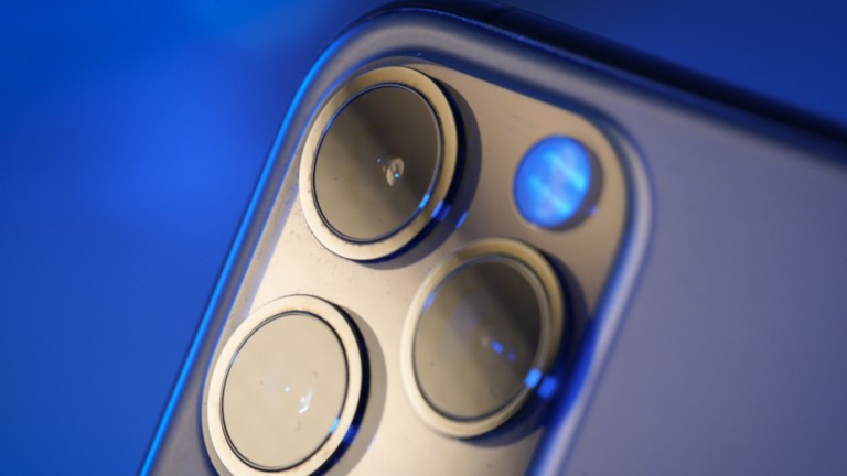 "Apple iPhone 12: Verbesserte Kamera mit ""Sensor Shift""?   OTTO"