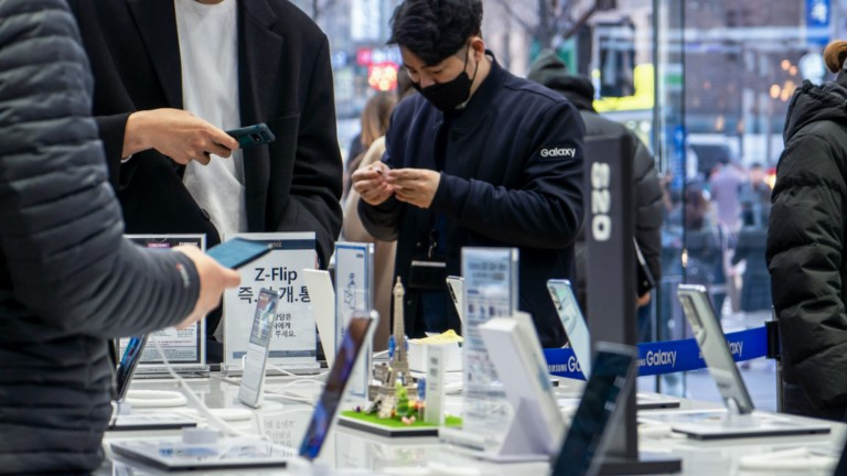 Samsung Galaxy M51 zeigt sich auf Bildern und im Video