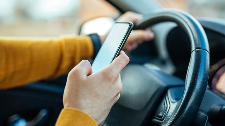 Android Auto funktioniert als Ersatz für ein fehlendes Infotainmentsystem im Auto