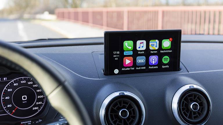 Apple CarPlay: Apps über Touchdisplay oder Sprachbefehl kontrollieren