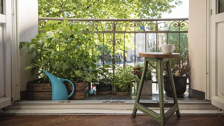 Praktische Balkon-Gadgets für Frühling und Sommer