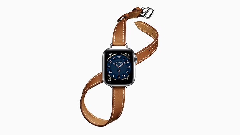 Die Apple Watch Series 6 in der Hermès-Variante mit Attelage-Double-Tour-Armband.