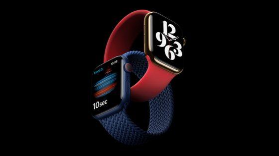 Die Apple Watch Series 6 in Gold und Blau, jeweils mit einem One-Loop-Armband.