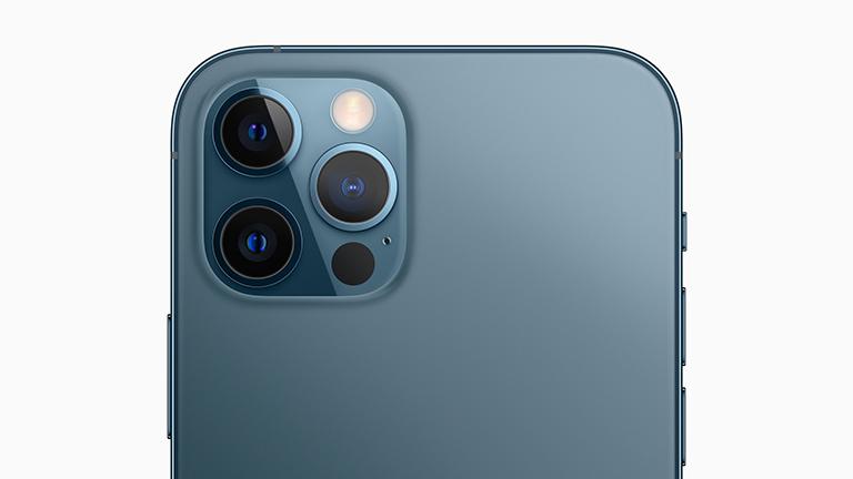 Produktfoto der Hauptkamera des iPhone 12 Pro.