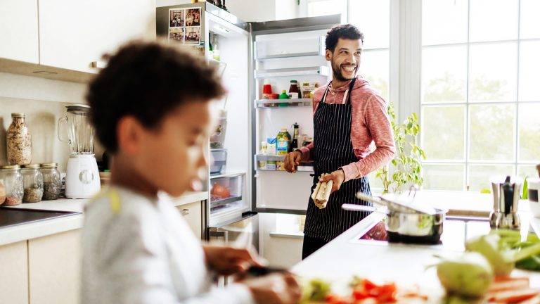 Kühlschrank vereist: So verhinderst du es